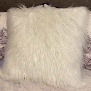 "Ivory Faux Fur Throw Pillow 20"" X 20"""
